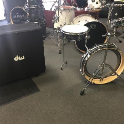 DW Performance Series 3 Piece Low Pro Performance Series Kit With Rolling Case (Pre-Order)