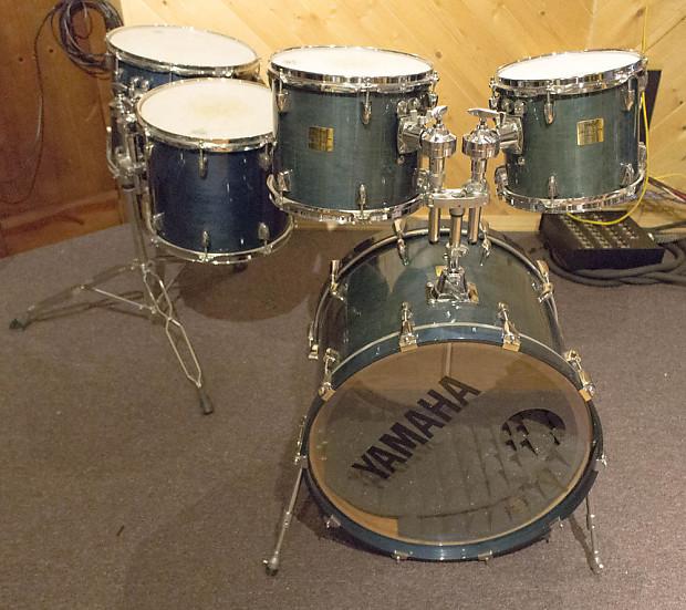 yamaha maple custom absolute 5 piece acoustic drum kit reverb. Black Bedroom Furniture Sets. Home Design Ideas