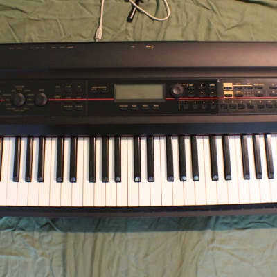 Korg KROSS  88-Key Synthesizer Workstation