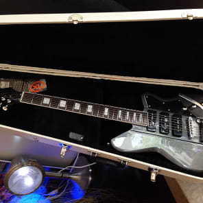 Reverend Warhawk 390 with Bigsby Gunmetal