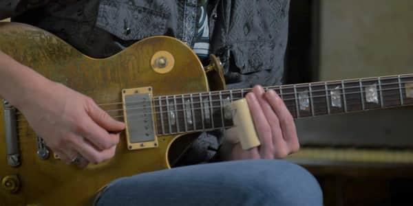 how to change electric guitar strings reverb. Black Bedroom Furniture Sets. Home Design Ideas
