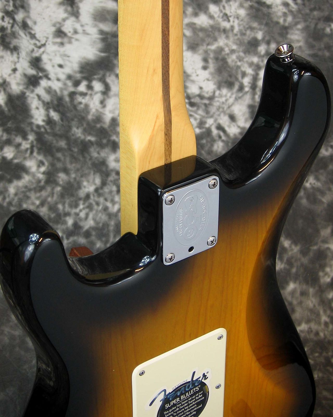 Exc. 2004 model Fender American Series 50th Anniversary Stratocaster - unplayed!