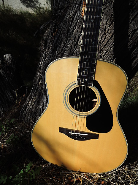 Yamaha ll16 dreadnought acoustic guitar w hard case reverb for Yamaha reface hard case