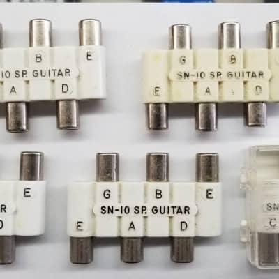 Wm Kratt Co. Pitch Pipes-4 Sn-10  Sp. Guitar & 1 Sn-6 Ten. Banjo  *Free Shipping*