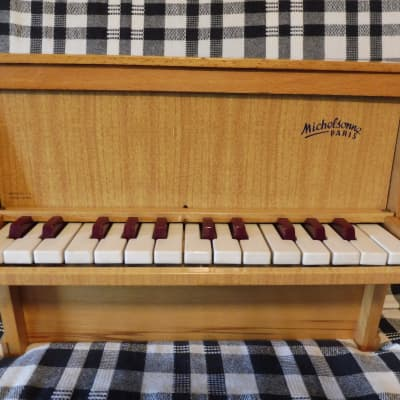 AS NEW ! Toy Piano Michelsonne Paris 25 keys - see video