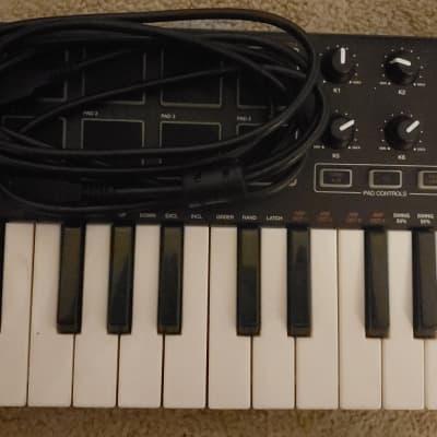 Akai MPK Mini MKII Compact Keyboard/Pad Controller