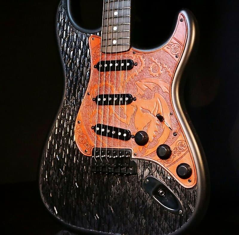 fender game of thrones house targaryen stratocaster guitar in reverb. Black Bedroom Furniture Sets. Home Design Ideas