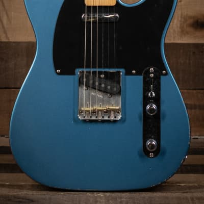 Fender Vintera Road Worn® 50s Telecaster®, Maple Fingerboard, Lake Placid Blue