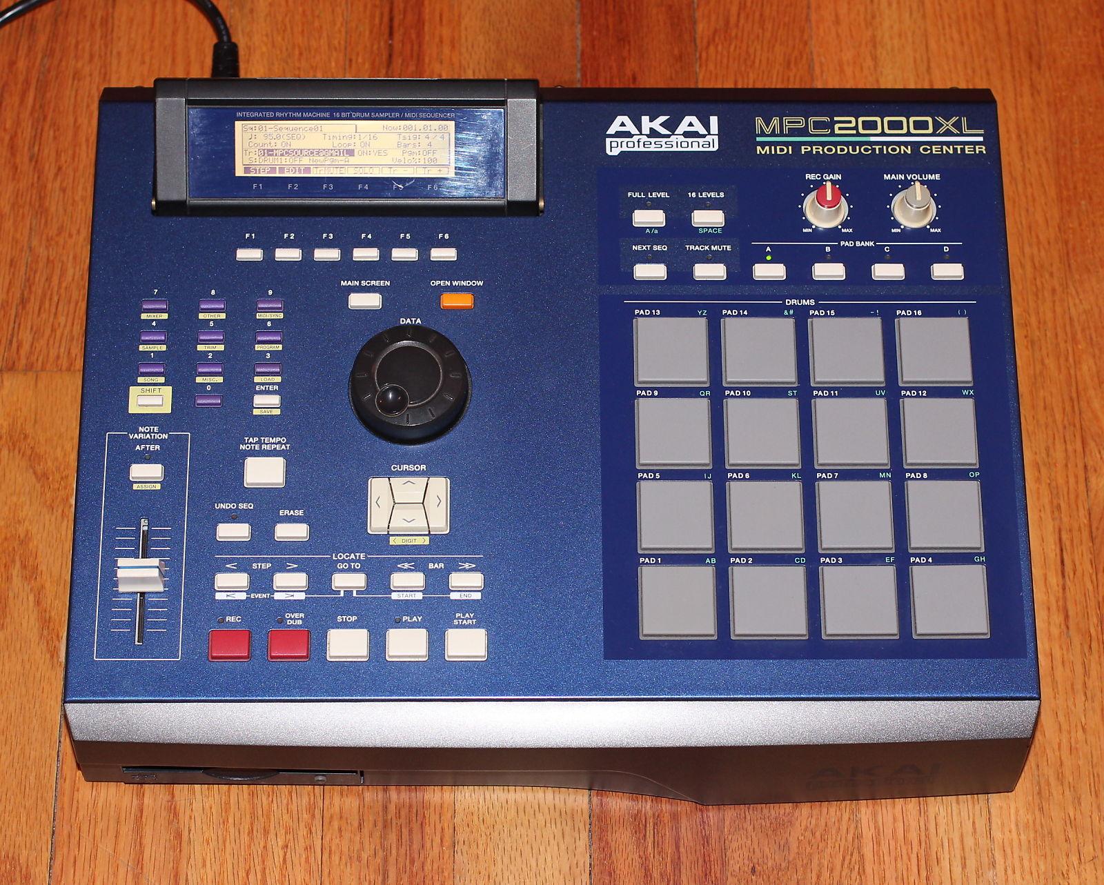 Akai MPC2000XL MCD | Reverb