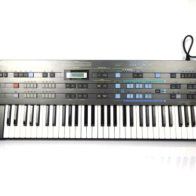CASIO CZ-5000 Cosmo Synthesizer - FREE Shipping!