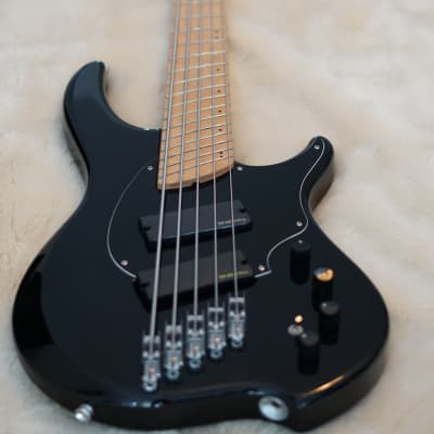 Dingwall combustion 5 Strings Black for sale