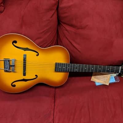 Epiphone  Masterbilt Olympic Archtop Acoustic/Electric Guitar Honeyburst Finish