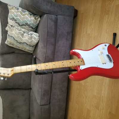 Fender Bullet H-1 Stratocaster 1982 Candy Apple Red for sale
