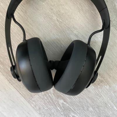 Nuraphone Adapting Headphones 2020 Black