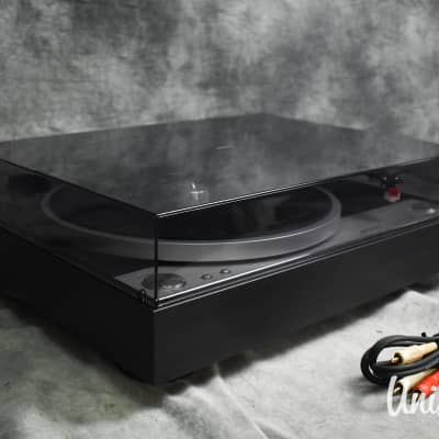 Onkyo CP-1050 direct drive turntable in Excellent condition