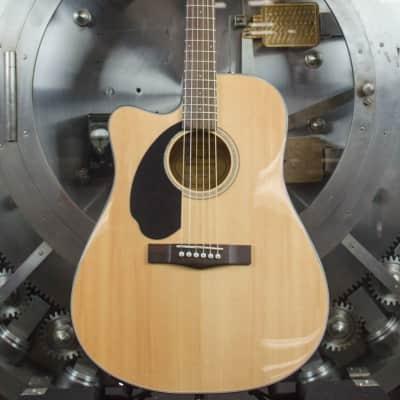 Fender CD-60SCE LH Natural *Dealer Floor Model image