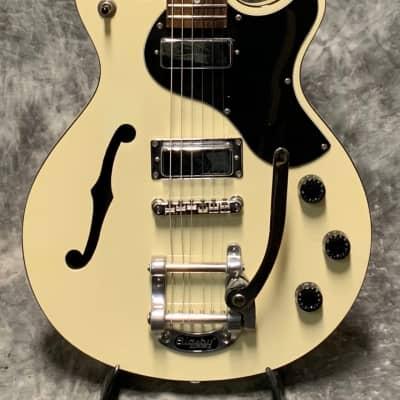 Daisy Rock  Retro H De-Luxe Aged White for sale