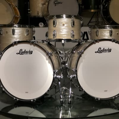 Ludwig Classic Maple 13/16/22 drum set  2019 Olive Oyster