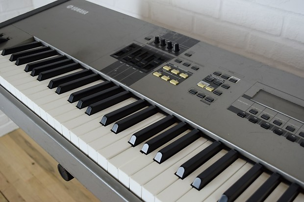 yamaha motif 8 88 key keyboard synth weighted keys used reverb. Black Bedroom Furniture Sets. Home Design Ideas
