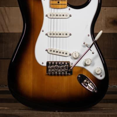 Squier Classic Vibe '50s Stratocaster®, Maple Fingerboard, 2-Color Sunburst