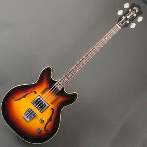 Guild Starfire Bass Sunburst 1966