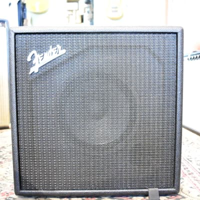 Fender Rumble LT25 1x8 Combo Bass Amplifier