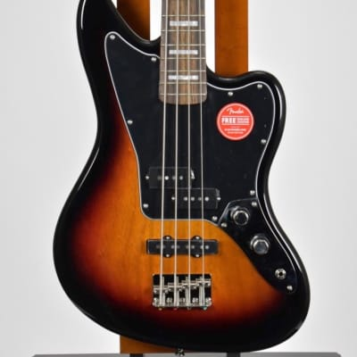 Squier Classic Vibe Jaguar Bass 3-Tone Sunburst