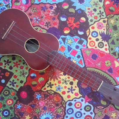 Sammo Soprano Ukelele 1920 Redish for sale