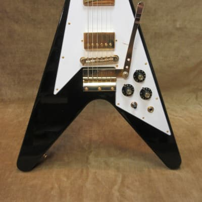 2020 Gibson Jimi Hendrix 1969 Flying V Aged Ebony 1 0f 125 Mint w/COA & Paperwork Free US Shipping!.