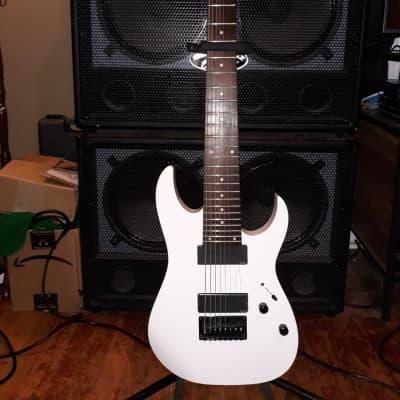 Ibanez RG8-WH RG Standard Series HH 8-String Electric Guitar White