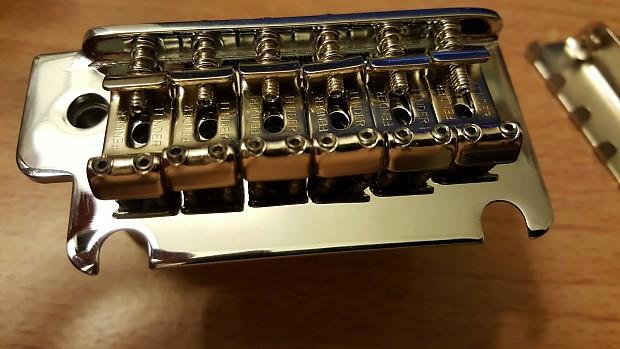 Fender 2-Point Synchronized Tremolo Chrome