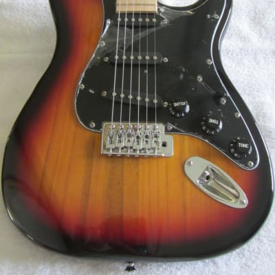 Glarry Strat-Style guitar 3-tone for sale