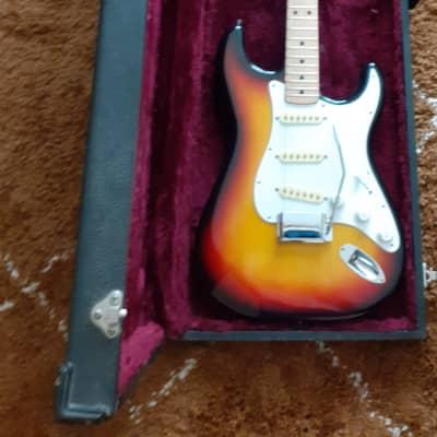 MIJ Maya Deluxe Stratocaster1978 Sunburst and Case for sale