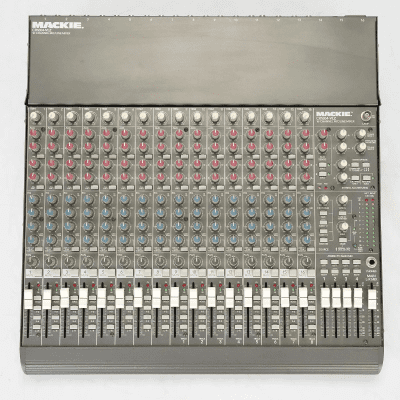 Mackie CR1604-VLZ 16-Channel Mic / Line Mixer