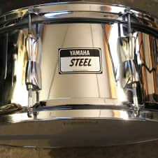 """Yamaha SD-246A Stage Custom 14x6.5""""  Steel Snare drum"""