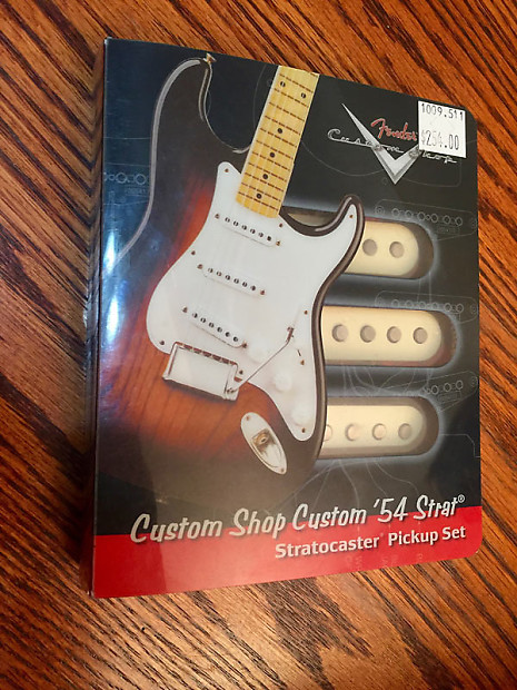 Fender CS54 Custom Shop 54 Strat pickups on