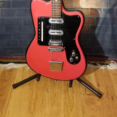 Crucianelli Crestone Late 60s Red for sale