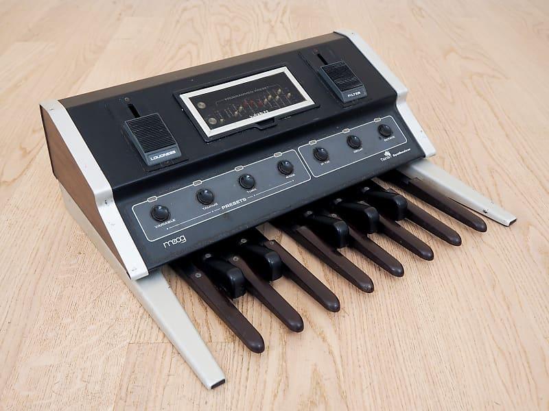 1970s moog taurus 1 vintage monophonic analog bass pedal reverb. Black Bedroom Furniture Sets. Home Design Ideas