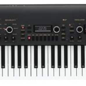 Korg KingKORG Synthesizer (Used/Mint)