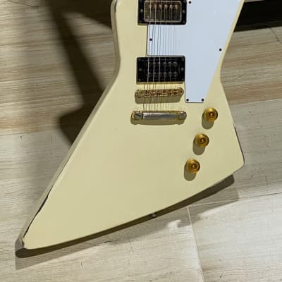 Gibson Explorer Reissue 1976 Polaris White 1 of only 67