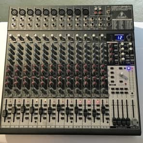 Behringer Xenyx 2442FX 24-Input 4/2-Bus Mixer with Multi-Effects Processor