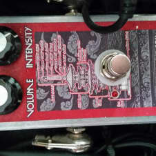 Devi Ever : FX Soda Meiser Fuzz Pedal Red