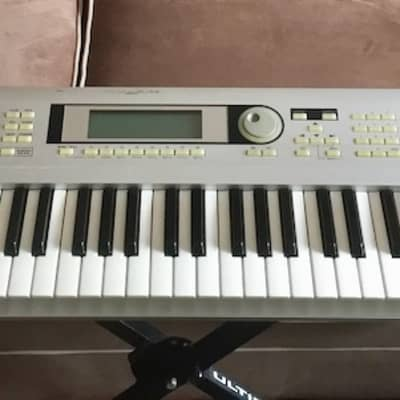 "Korg KORG TRITON Le. 76 keys. Priced to sell now! 2000""s Silver"