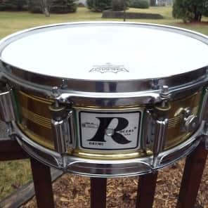 """Rogers""""Big R"""" Dyna-Sonic Natural Brass 5x14"""" Snare Drum 1981-1984"""