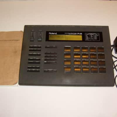Roland R-8 Drum Machine 1988-89, Original Shipping Box w/Manual!