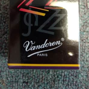 Vandoren SR4135 ZZ Alto Saxophone Reeds - Strength 3.5 (Box of 10)
