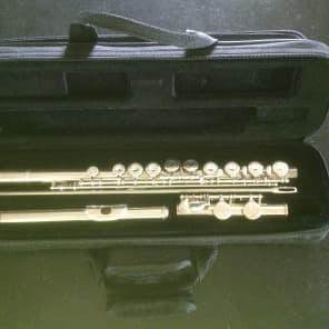 Yamaha YFL-325 Flute