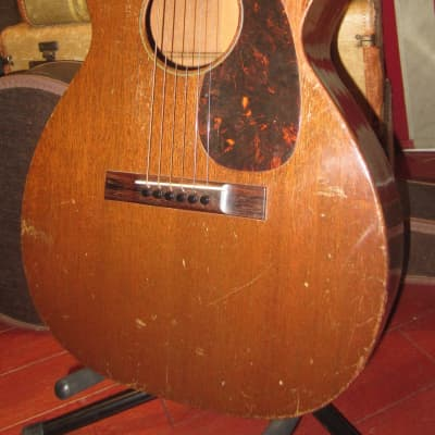 Vintage 1940 Martin 0-17 Small Bodied Acoustic Mahogany w/ Vintage Soft Case