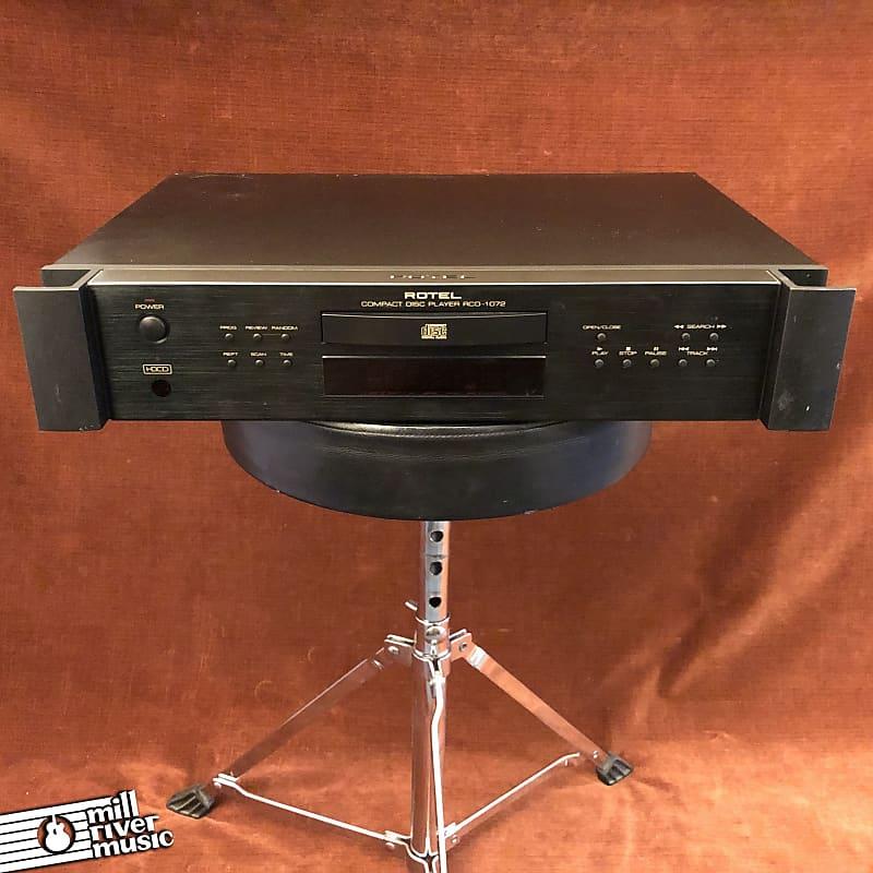 Rotel RCD-1072 HDCD Single Play Compact Disc CD Player