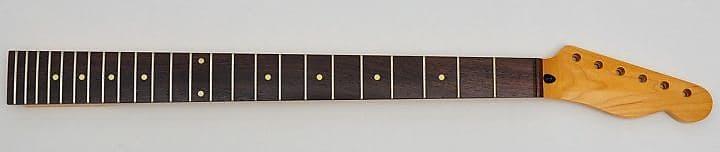 Goeldo NS21M Hals für Stratocaster Vintage 21 Bünde lackiert Onepiece Maple